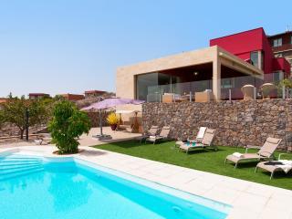 Nice 5 bedroom Montana La Data Resort with A/C - Montana La Data vacation rentals