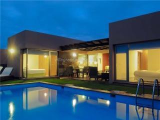 Par4 Villa 2 - Maspalomas vacation rentals