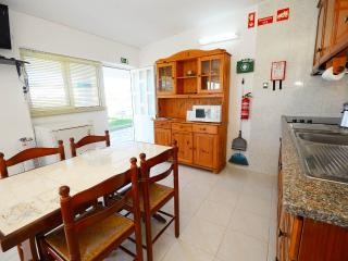 Nice 1 bedroom Cottage in Ferreiras - Ferreiras vacation rentals