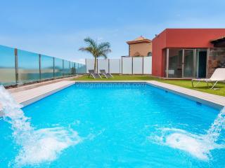 Par 4 Villa 20 - Maspalomas vacation rentals