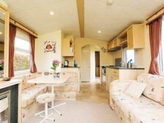 "Orchard Cottage Holidays ""The Everglade"" - Chilham vacation rentals"