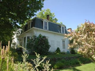 Spacious 4 bedroom Camden House with Internet Access - Camden vacation rentals