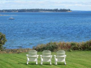 Bright House with Internet Access and Satellite Or Cable TV - Owls Head vacation rentals