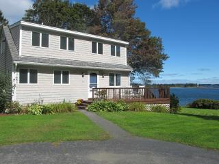 3 bedroom House with Internet Access in Owls Head - Owls Head vacation rentals