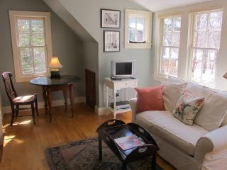 Charming 1 bedroom House in Camden with Internet Access - Camden vacation rentals