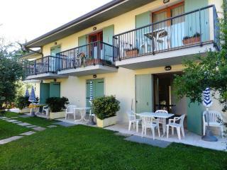 RESIDENCE ALLEGRA, LAZISE, LAKE GARDA - Lazise vacation rentals