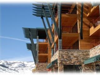 Beautiful Condo In Newpark Hotel (All Amenities) - Park City vacation rentals