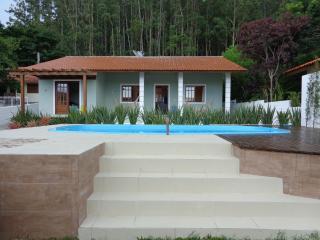 Apartamento 2 Cuartos -Playa-Florianópolis- AP-03 - Florianopolis vacation rentals