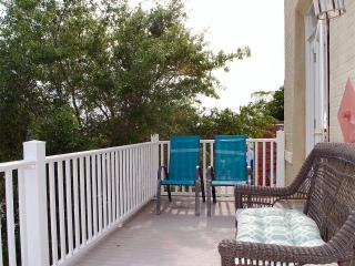 Seahorse Retreat, bargain by the beach! - Cape Charles vacation rentals