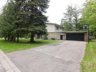 4BR House in the prestigious Lorne Park  - Mississauga - Burlington vacation rentals