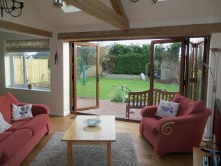 Sandy Acre Seaside Holiday Bungalow, Sutton on Sea - Sutton-on-Sea vacation rentals