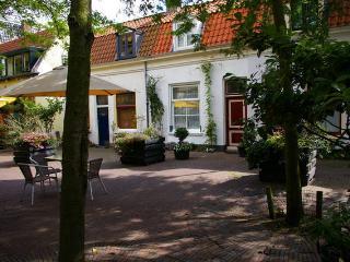 1 bedroom Condo with Internet Access in Haarlem - Haarlem vacation rentals
