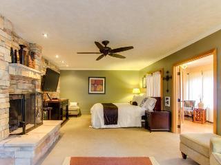 Klickitat Riverfront Retreat Center - Lyle vacation rentals