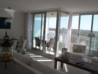 Great  new Apartment Ocean Drive 2 Punta del Este - Punta del Este vacation rentals
