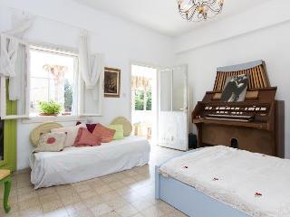 VINTAGE GUEST ROOM ON HAIFA BEACH - Haifa vacation rentals