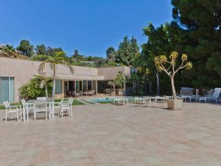 Stunning Beverly Hills Home LA030 - Beverly Hills vacation rentals