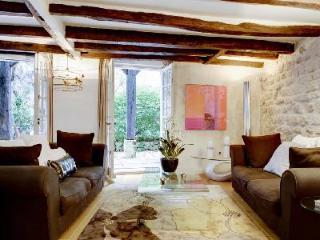 Notre-Dame Garden G105004, France - 11th Arrondissement Popincourt vacation rentals