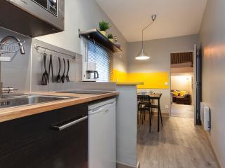 Bel appartement  à 2 pas de l'Eccusson - Montpellier vacation rentals