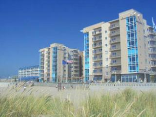 Charming Condo with Balcony and Shared Outdoor Pool - Seaside vacation rentals