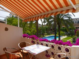 Bungalow apartment in lovely urbanisation (ref GS) - Denia vacation rentals