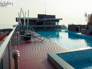 Jomtien beach sea view Top floor - Pattaya vacation rentals