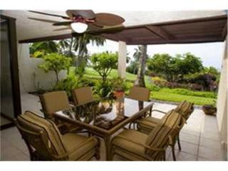 Gorgeous Condo with Internet Access and Water Views - Kailua-Kona vacation rentals