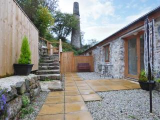 THE LEAT upside down accommodation, near to Eden Project in Saint Blazey Ref 918186 - Saint Blazey vacation rentals