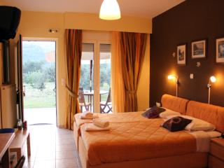 "Double Studio ""Midea"" close to Nafplion - Nauplion vacation rentals"