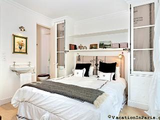 Luxembourg-St Germain Two Bedroom Delight - Paris vacation rentals