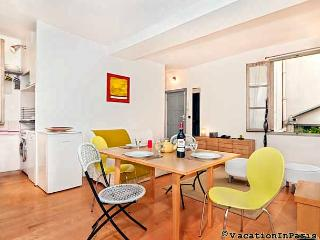 Marais Arts & Metiers One bedroom - ID# 234 - Paris vacation rentals