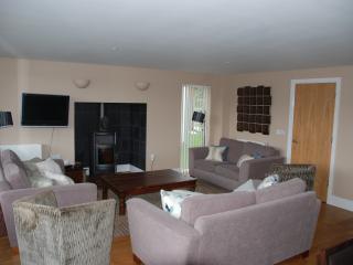 Ducklings, 65 Clearwater, Lower Mill Estate - Somerford Keynes vacation rentals