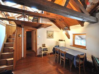 Casa Rossa appartamento Cielo - Cortina D'Ampezzo vacation rentals