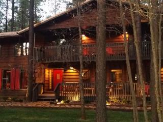 HUGE Cabin-Movie Theater-Pool Table-sleeps 28-32 - Pinetop vacation rentals