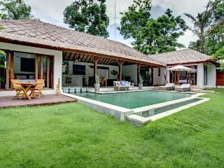 3BR Modern Private Canggu Villa - Canggu vacation rentals