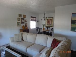 Charming Central Phoenix Home - Phoenix vacation rentals
