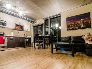 Perfect location for sightseeing in Downtown - Seattle vacation rentals