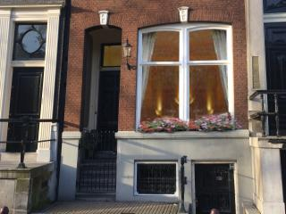 Chariot Amsterdam - central located canal apartment - Amsterdam vacation rentals