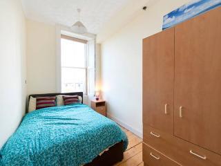 Private Double Bedroom in Edinburgh City Centre - Edinburgh vacation rentals