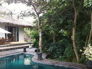 Palm Villa Balangan - Pecatu vacation rentals