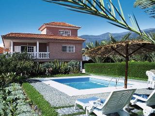 Nice 3 bedroom Arafo Villa with Internet Access - Arafo vacation rentals