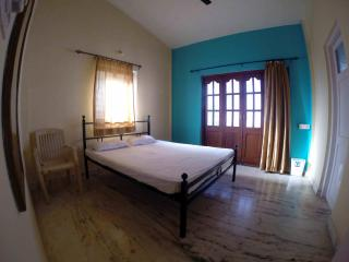 Guest house California - Candolim vacation rentals