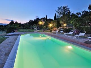A Dream Cottage at Giusi & Dario's in Tuscany - Terontola vacation rentals
