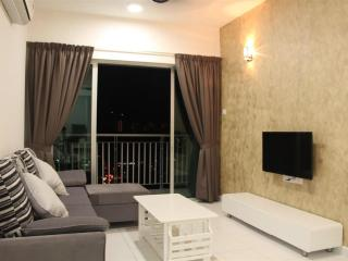3 bedroom Condo with Elevator Access in Bayan Lepas - Bayan Lepas vacation rentals