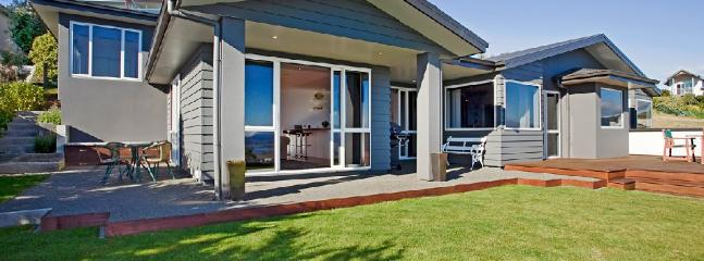 Tasman Heights | 4 Bedrm | from $250 - Nelson vacation rentals
