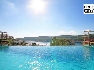 Luxury villa with sea view and swimming pool - L'Escala vacation rentals