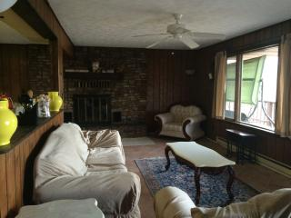 Furnished with amazing view of Deep Creek Lake - Oakland vacation rentals