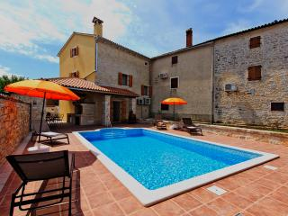TH00081 Istrian Villa Peresiji - Svetvincenat vacation rentals