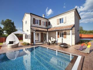 TH00103 Istrian Villa Luxoria - Vodnjan vacation rentals
