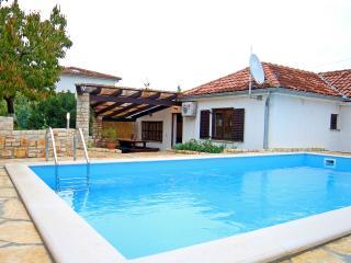 TH00102 Holiday House  Matohanci - Kanfanar vacation rentals