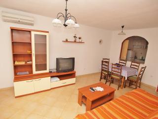 TH00094 Apartment Drandic / Comfort Two bedrooms A2 - Fazana vacation rentals